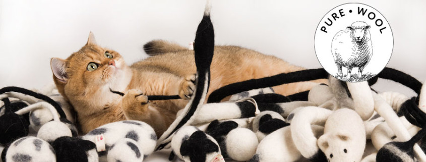 pure-wool-cat-toys-profeline
